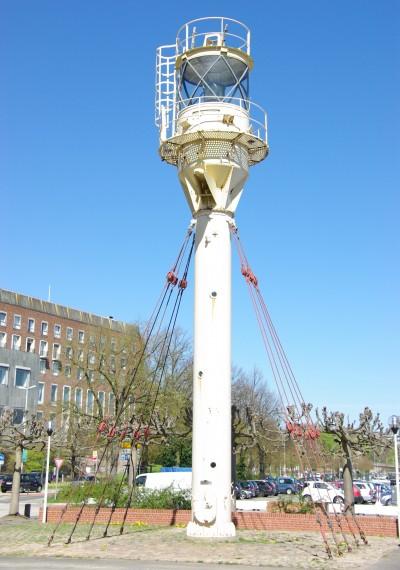Lampe des Feuerschiffs Kiel vor dem Schiffahrtsmuseum in Kiel